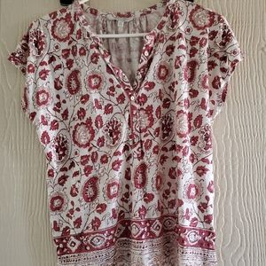 Lucky Brand red/white floral shortsleeve shirt